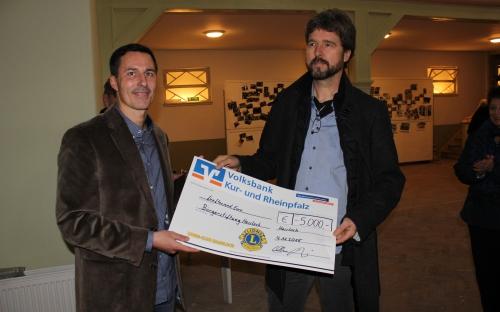 Spendenübergabe für Saal Löwer 2015